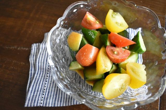 きゅうりとミニトマトのサラダ